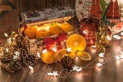 Tradition, célébration, décoration de Noël, décoration de table photographie stock