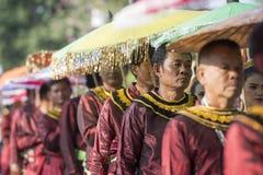 TRADITION DE L'ASIE THAÏLANDE SUKHOTHAI LOY KRATHONG photos libres de droits