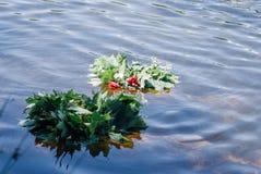 Tradition folklorique, guirlandes des fleurs, photo libre de droits