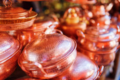 Traditional Chinese handmade copper utensils at market, Lijiang Royalty Free Stock Photos