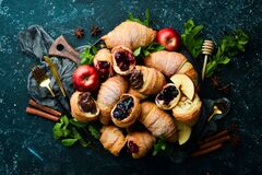 Free Traditional Croissants With Jam, Chocolate And Apple. Sweet Pastries. Stock Photos - 202181053