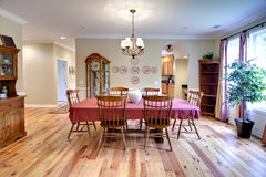Traditional diningroom Royalty Free Stock Photos