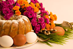 Traditional Easter cake and easter eggs royalty free stock photos
