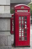 Traditional English Red phone box Royalty Free Stock Photos