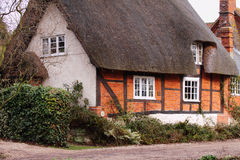 Traditional English Thatched Village Cottage Royalty Free Stock Photos