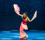 The traditional fan-Chinese folk dance Royalty Free Stock Photography