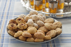 Traditional festive Moroccan cookies and tea Royalty Free Stock Photography