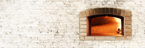 Traditional fire oven for pizza Royalty Free Stock Photos