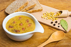 Traditional fresh pea soup Royalty Free Stock Photography