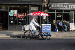 Traditional ice cream seller. LONDON - 04 OCT 2015: Traditional ice cream seller Royalty Free Stock Photo