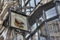 Traditional London pub sign Royalty Free Stock Photos