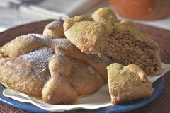 Pan de muerto pastry Stock Photos