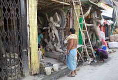 Traditional pottery in Kumortuli, Kolkata, India Stock Images