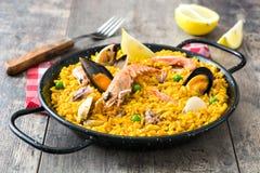 Traditional spanish seafood paella Royalty Free Stock Photos