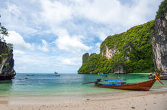 Traditional thai motorboats on the Koh Hong beach, Krabi provinc Royalty Free Stock Photos