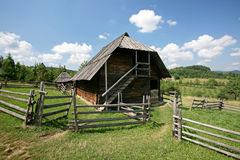 Traditioneel Balkan herdershuis Royalty-vrije Stock Foto's