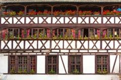 Traditioneel betimmerd huis in tenger Frankrijk, Straatsburg, de Elzas, Stock Afbeeldingen