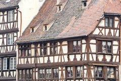 Traditioneel betimmerd huis in tenger Frankrijk, Straatsburg, de Elzas, Fr Royalty-vrije Stock Fotografie
