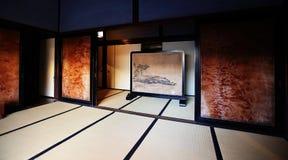 Traditioneel en klassiek het huisbinnenland van Japan Stock Foto