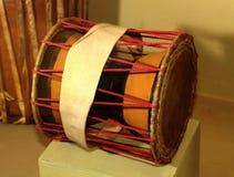 Traditioneel huis gemaakt tot muzikale trommel royalty-vrije stock foto