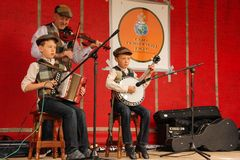 Traditioneel Iers muziekfestival Ardara Provincie Donegal ierland stock fotografie