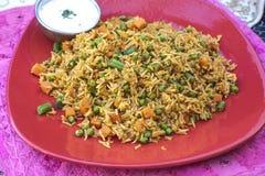 Traditioneel Indisch voedsel Plantaardige Biryani met rijst stock foto