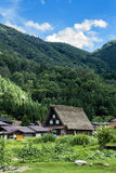 Traditioneel Landbouwbedrijfhuis in Shirakawa-Dorp Royalty-vrije Stock Fotografie