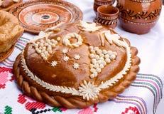 Traditioneel Moldovisch brood. stock foto's