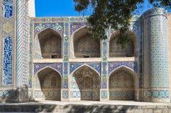 Traditioneel Oezbekistaans ornament op de muur van de moskee Royalty-vrije Stock Fotografie