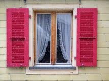 Traditioneel Oostenrijks venster Royalty-vrije Stock Foto