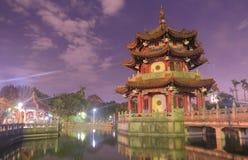 Traditioneel paviljoen bij 228 Vredespark in Taipeh Taiwan Stock Fotografie