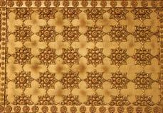 Traditioneel Thais stijlkunst gouden het schilderen patroon op muur in Tempel Stock Afbeelding