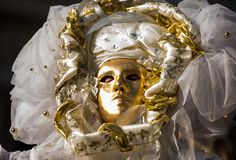 Traditioneel Venetiaans Carnaval-kostuummasker stock fotografie