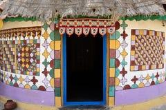 Traditioneel verfraaide hut in India Stock Foto