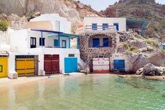 Traditioneel visserijdorp op Milos-eiland Stock Afbeeldingen