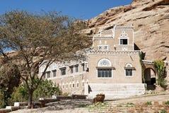Traditioneel yemeni huis dichtbij sanaa Yemen stock foto