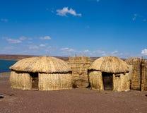 Traditionele Afrikaanse hutten, Kenia Stock Foto's