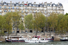 Traditionele architectuur in Parijs, Royalty-vrije Stock Afbeelding