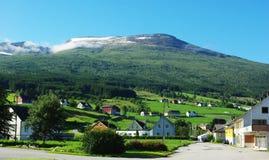 Traditionele blokhuizen in Invik, Noorwegen Royalty-vrije Stock Fotografie