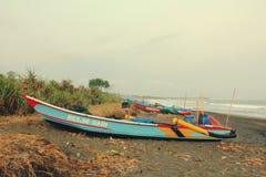 Traditionele Boot in Batuhiu stock fotografie