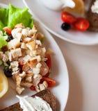 Traditionele caesar salade Royalty-vrije Stock Afbeeldingen