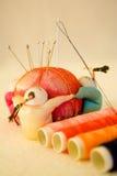 Traditionele Chinese naaiende hulpmiddelen Stock Foto's