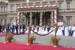 Traditionele collectieve huwelijksceremonie in Belgrado 4 Stock Foto