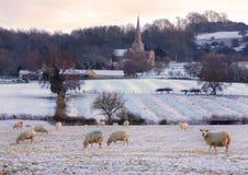 Traditionele Cotswold kerk in de Winter, Engeland. Royalty-vrije Stock Foto