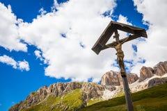 Traditionele Crufix in Dolomiti-Gebied - Italië Royalty-vrije Stock Fotografie