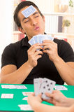Traditionele cuarenta van jonge mensenspeelkaarten Royalty-vrije Stock Fotografie