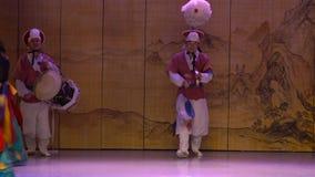 Traditionele de dansprestaties van Zuid-Korea Seoel stock footage