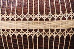 Traditionele de patronentextuur van het bamboeweefsel, handcraft achtergrond stock afbeelding