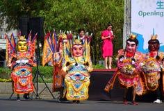 Traditionele de Tempeldansers van Taiwan Stock Afbeeldingen