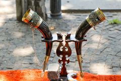 Traditionele decoratieve kleurrijke hoorn Stock Fotografie